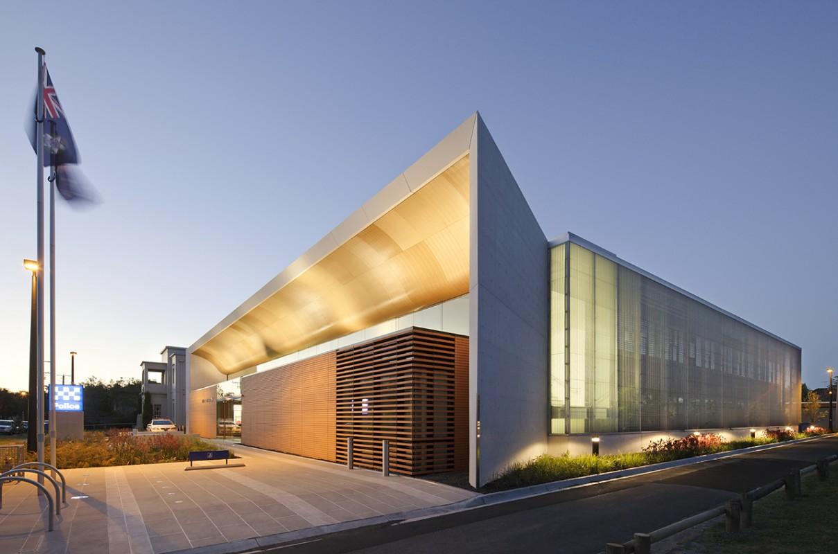 FJMT Architects Bayside Police Station Tradtional Range Devon Newham Commercial